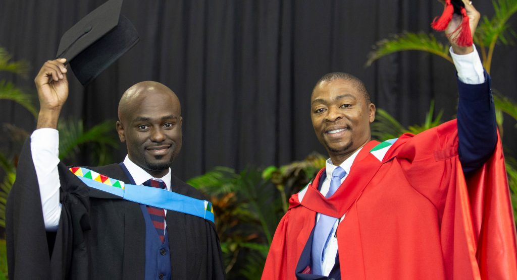 Pure Bliss as Supervisor and Student Graduate Together