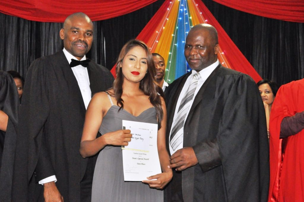 School of Education Awards Top Student Achievers